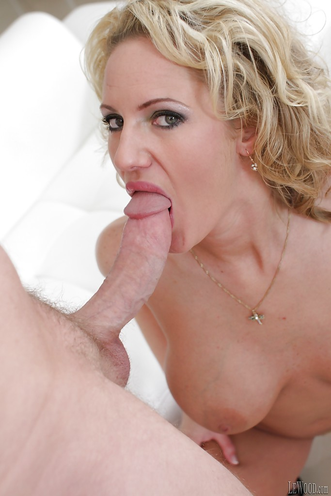 Skinny Blonde Sucks Bbc