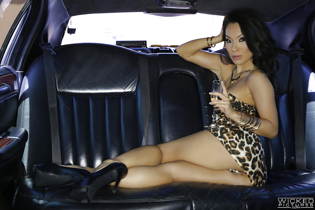 Cars in Naked photos pornstars
