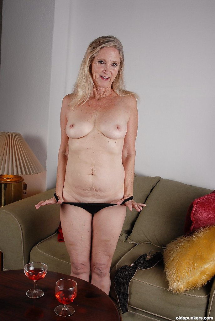 Mature naked grannies wearing glasses