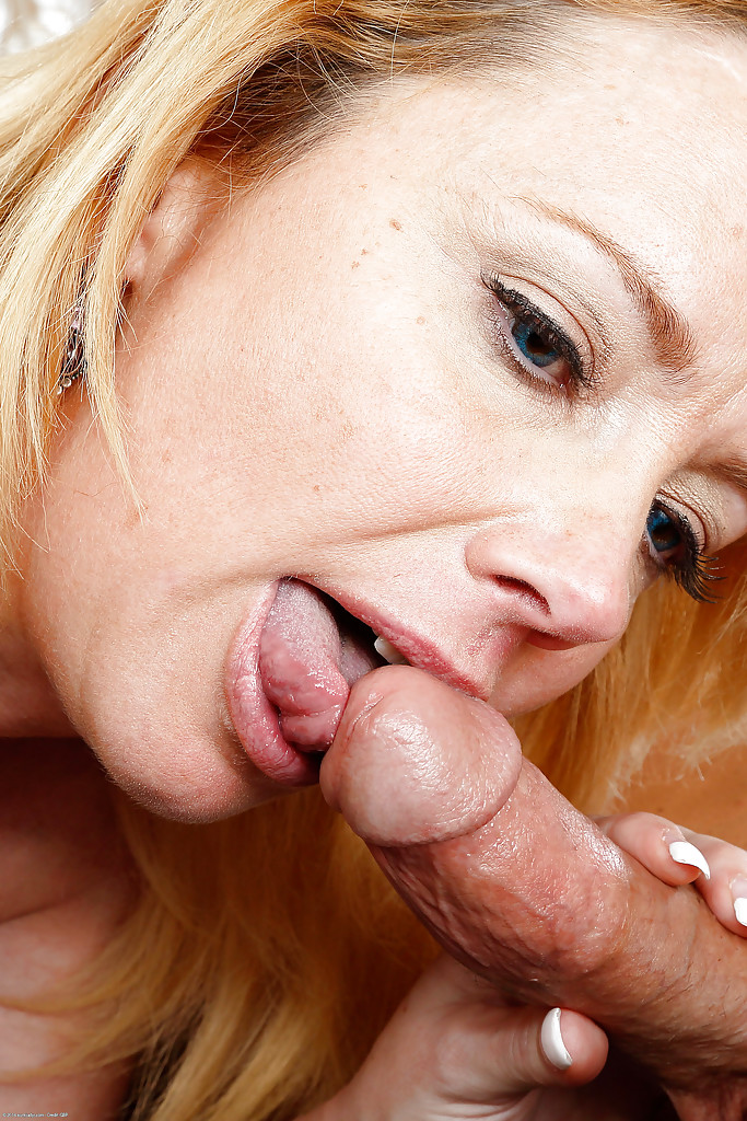 Licking cum on shaved pussy