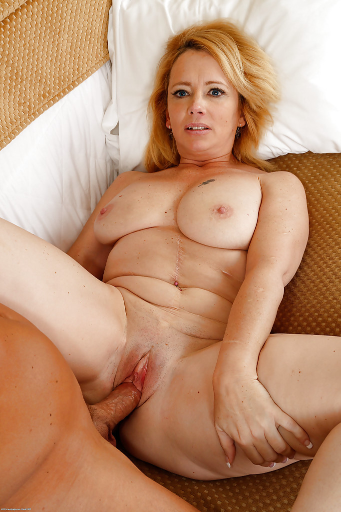 Aunt judys mature nudes can recommend