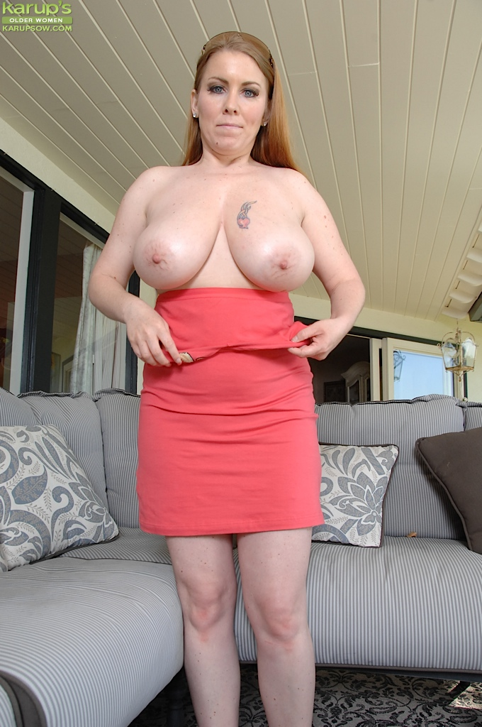 Busty wives using dildos together