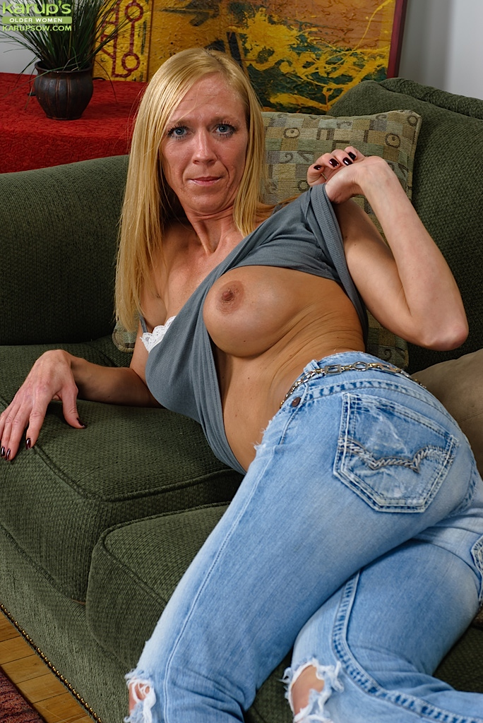 Recollect Hot brunette jeans ass hairy fuck picture