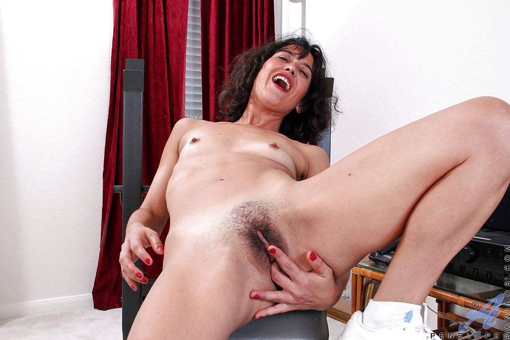 My son creampies my juicy pussy