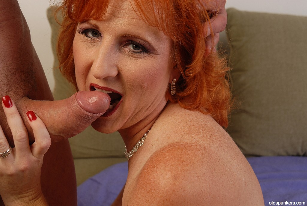 boobs-and-mature-redhead-with-powerful-hands