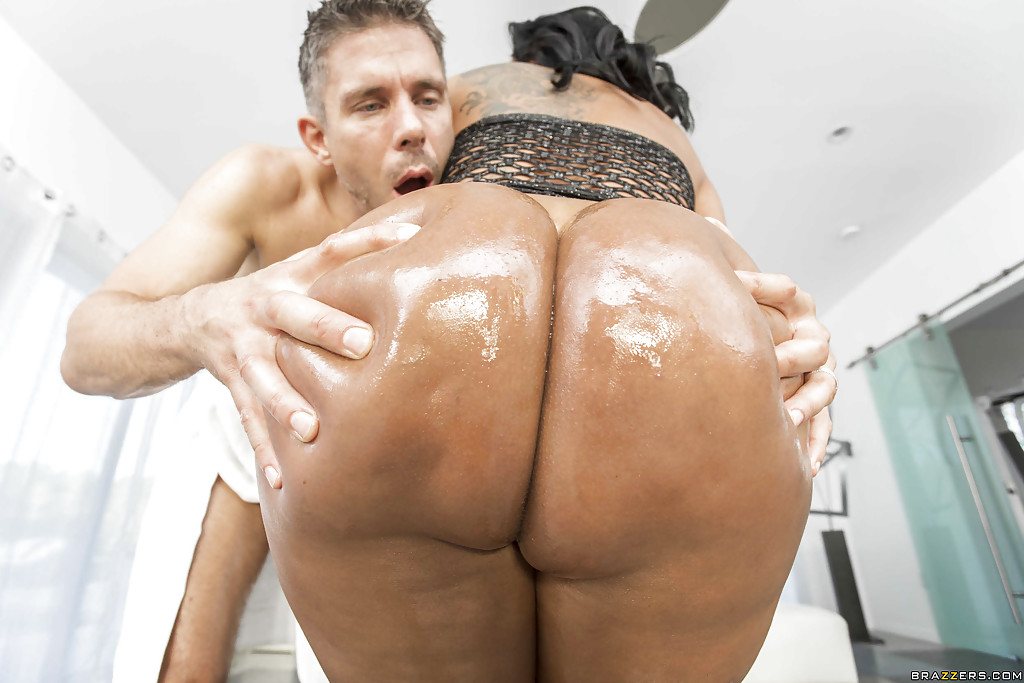 Big monster latin ass kiara mia pity