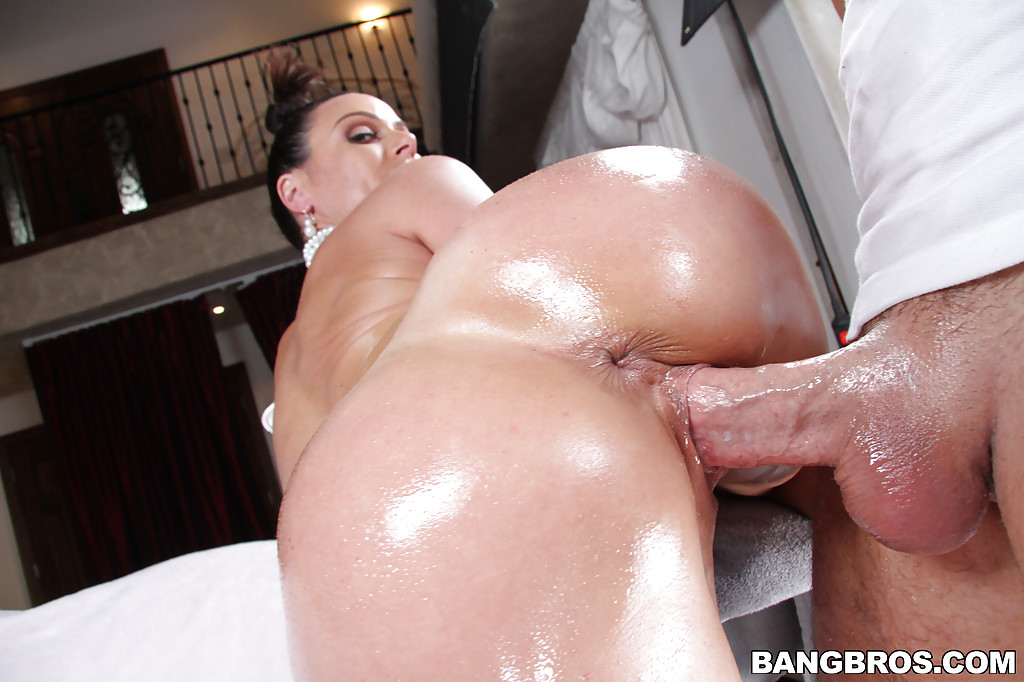 oiled asshole of milf kendra lust was drilled with this