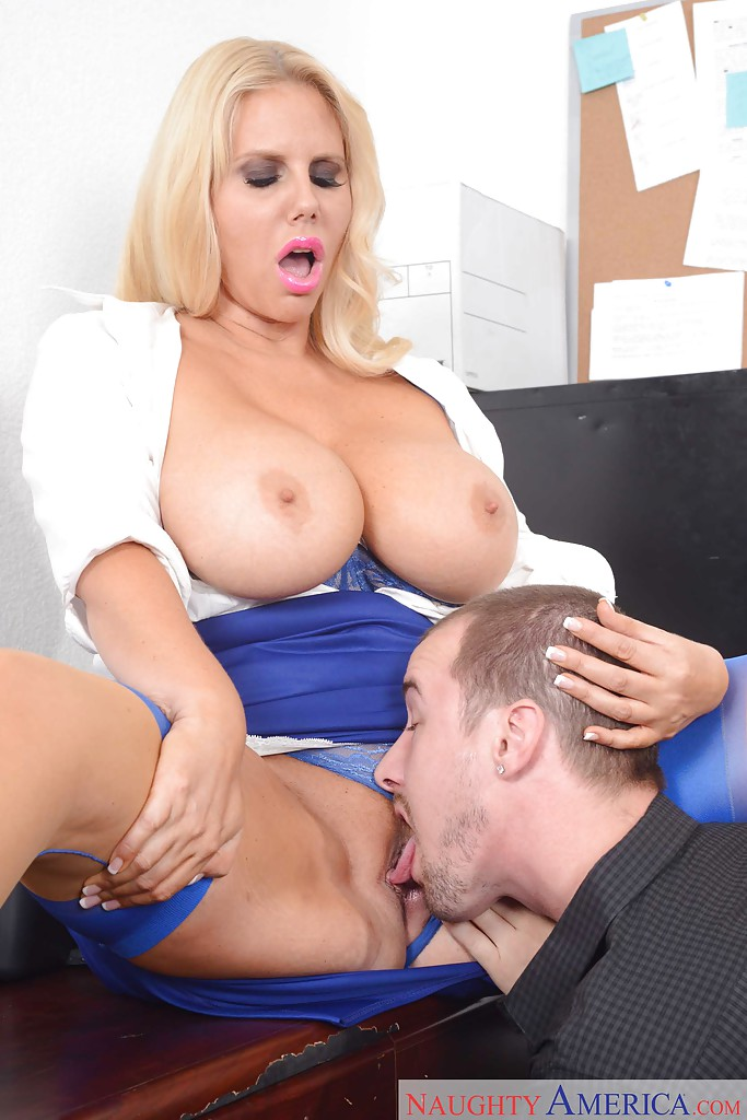 Blonde karen fisher escort busty