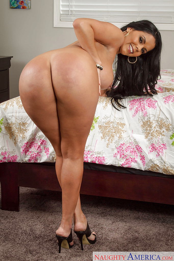 Amazing latin milf big booty goals - 3 part 4
