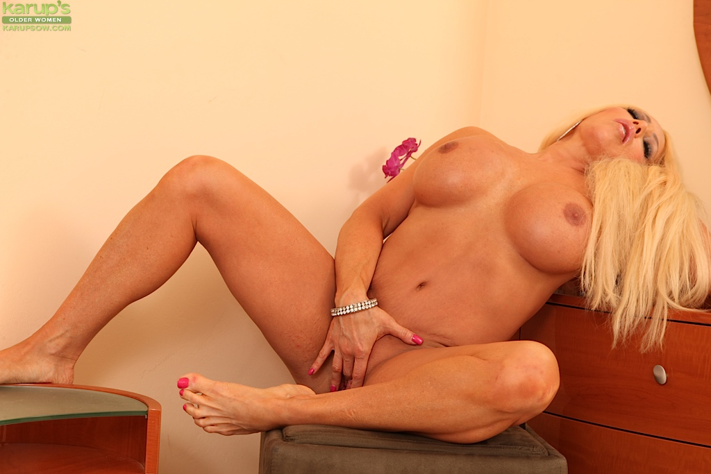Sonsie fat mom Alexis Diamonds exults hard-core masturbation porn photo #323438124 | Karups Older Women, Alexis Diamonds, Ass, BBW, Big Tits, Blonde, Close Up, Clothed, High Heels, Legs, MILF, Masturbation, Panties, Pussy, Skirt, mobile porn