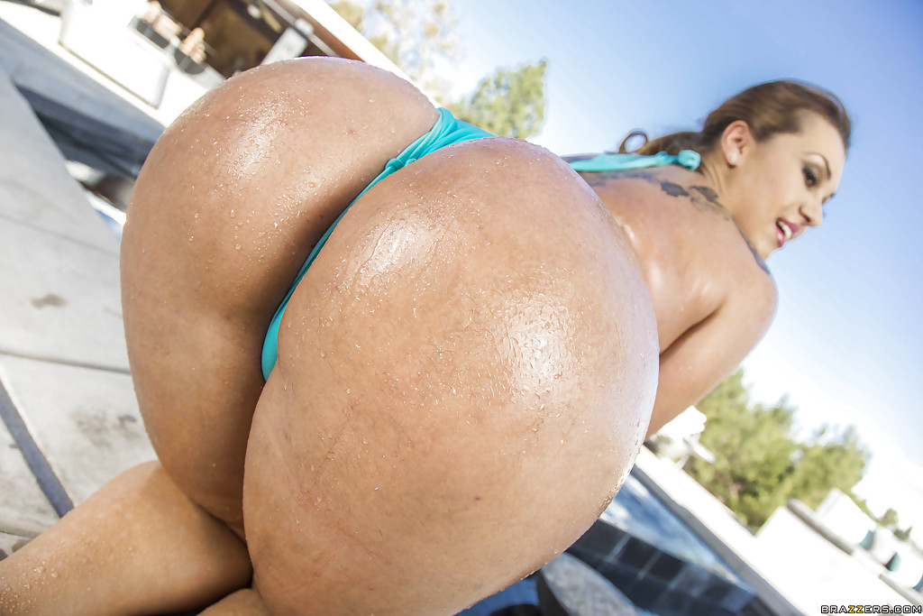 Sexy Big Wet Butts