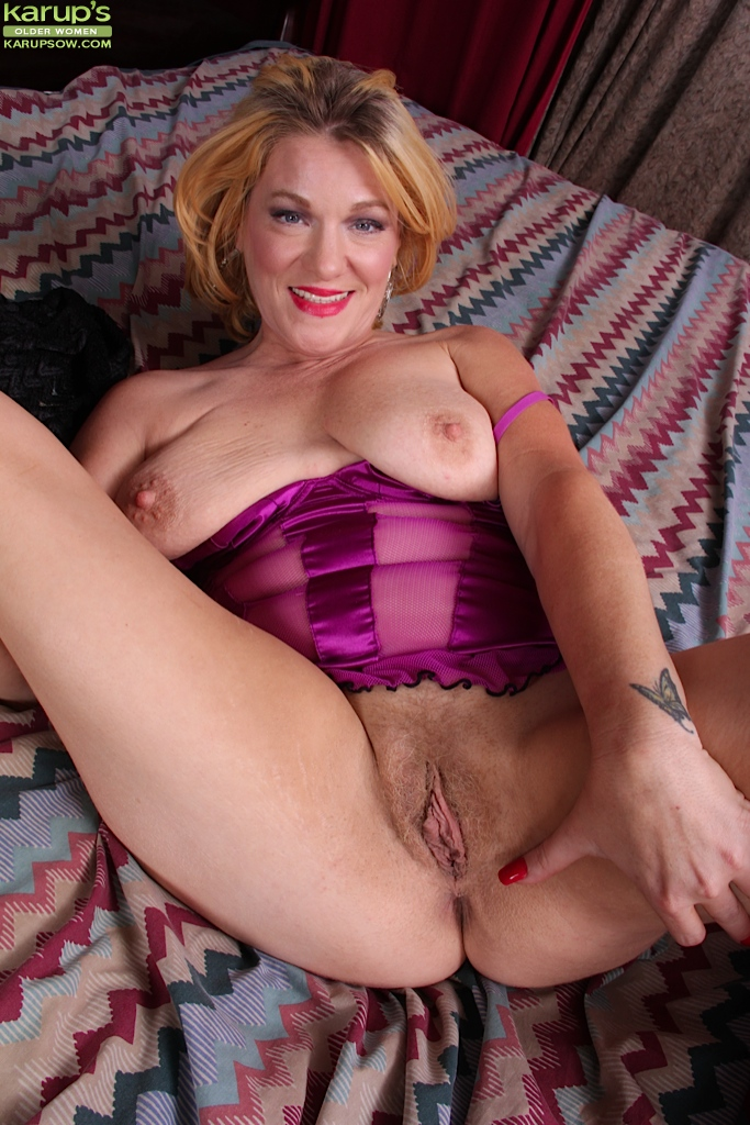 image Big tit blonde masturbates then sucks a big cock