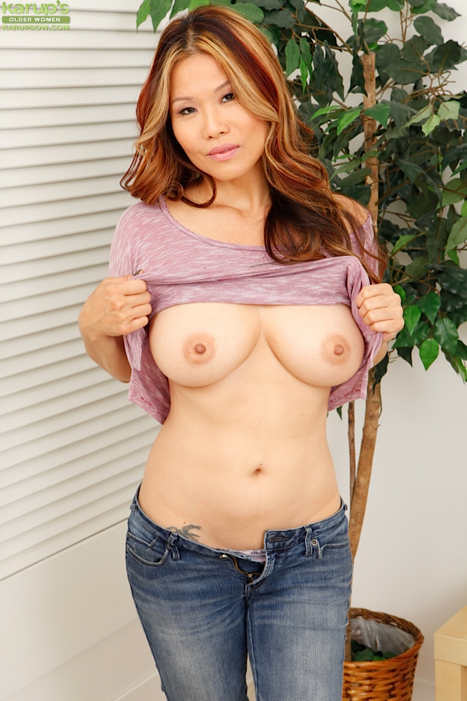 Asian mature naked pics