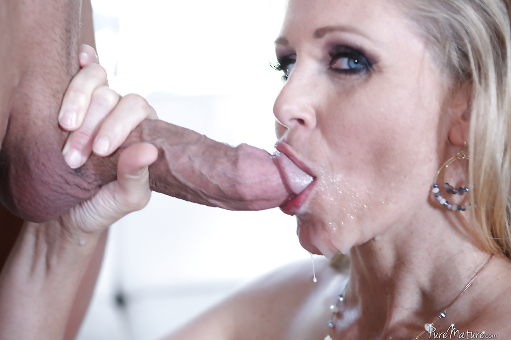 Mature cum in her mouth