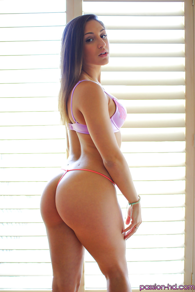 Big Butt Latina Naked