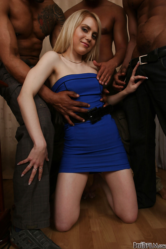 Veruca james gets to play with woodie and jessie sex toy story 10