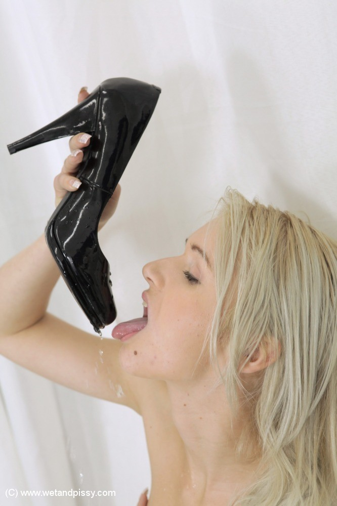 Accept. The pissing in shoes fetish