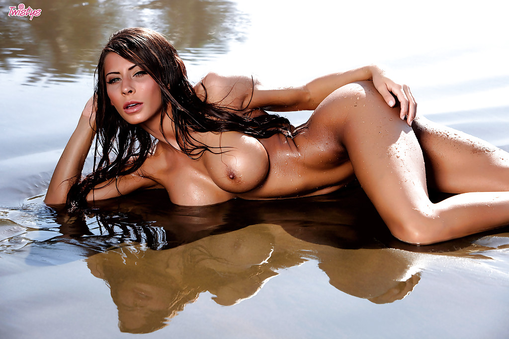 Madison ivy hot