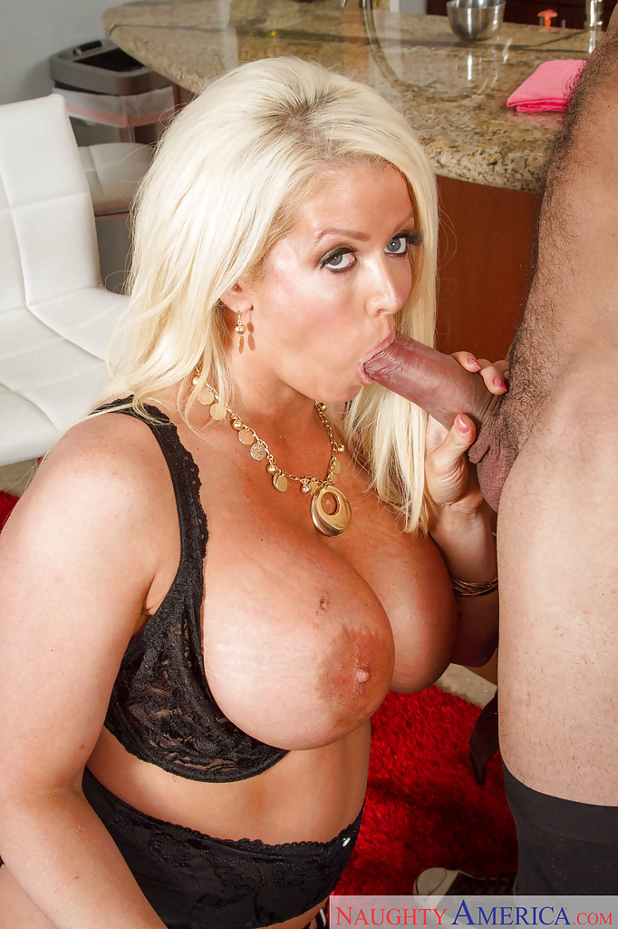 Hot facefuck milf mature