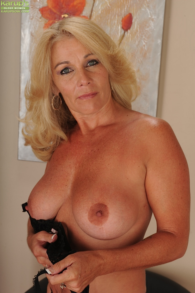 Hot sexy older women porn