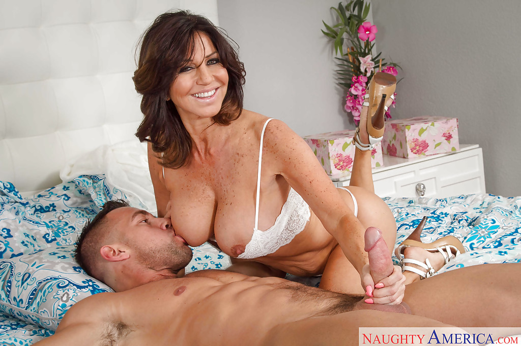 big tit latina mom