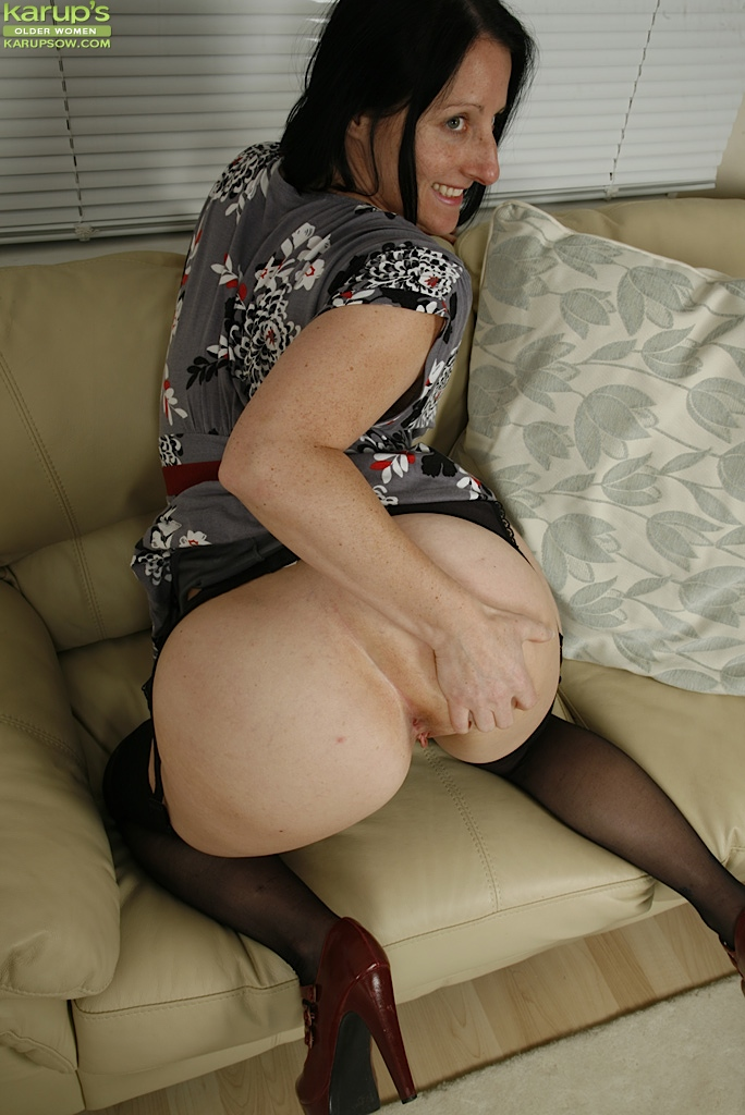 Older Women Fuck