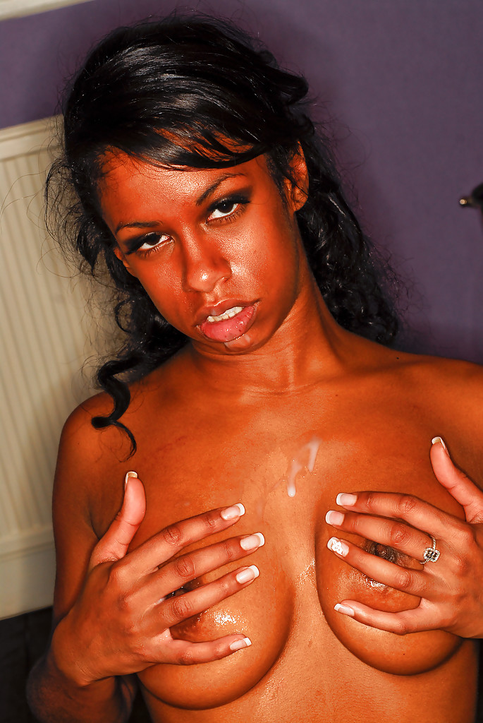 Striptease Ebony 37