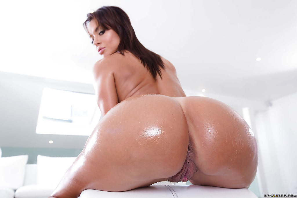 Big ass porno latinas