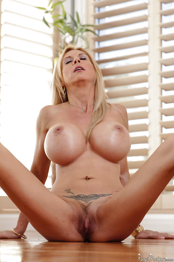 Mature milf flashing pussy are not