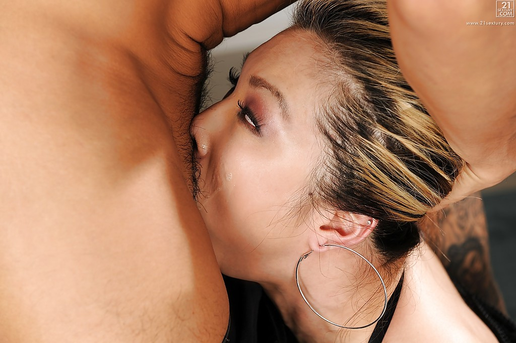 Asian anal deep throat
