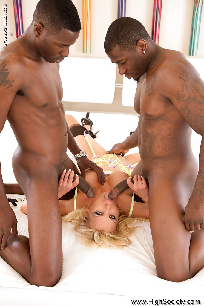 big black dick white ass and tits - ... White bitch Nikki Benz interacially fucked by two big black dicks ...