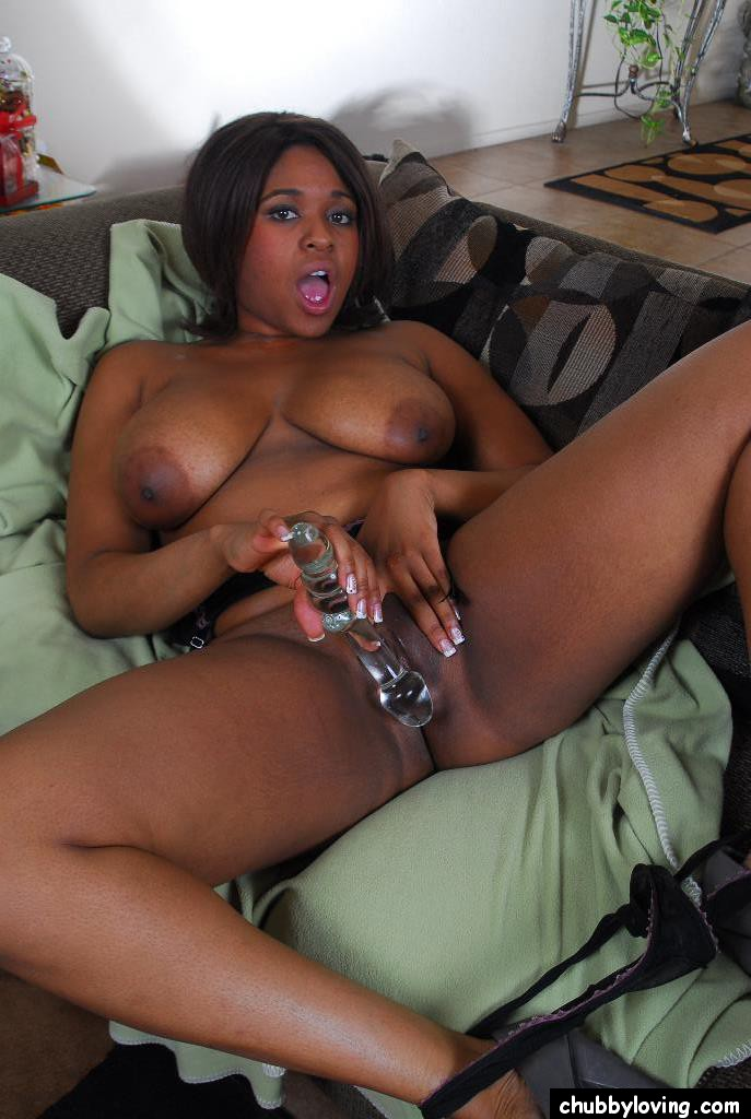 LELIA: Mature plays with her bush