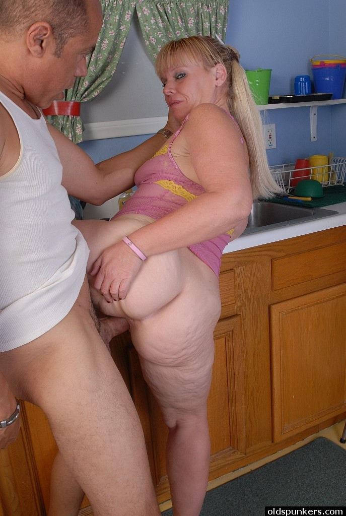 Hottest granny sex pic big ass ... Ladies