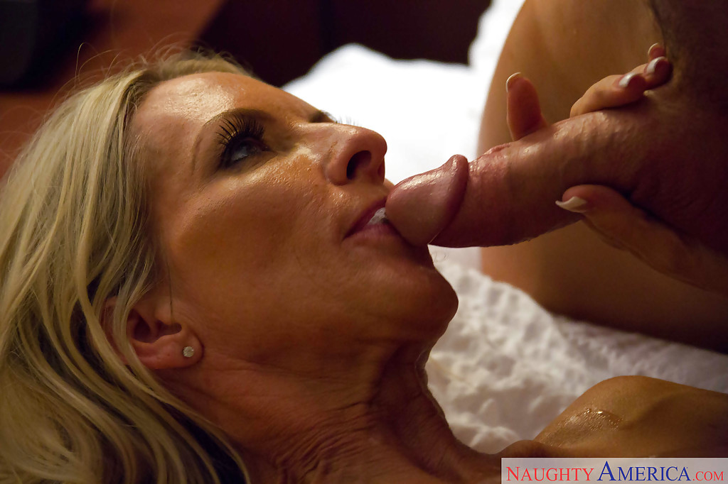 english stud plowed and jizzed in the mouth