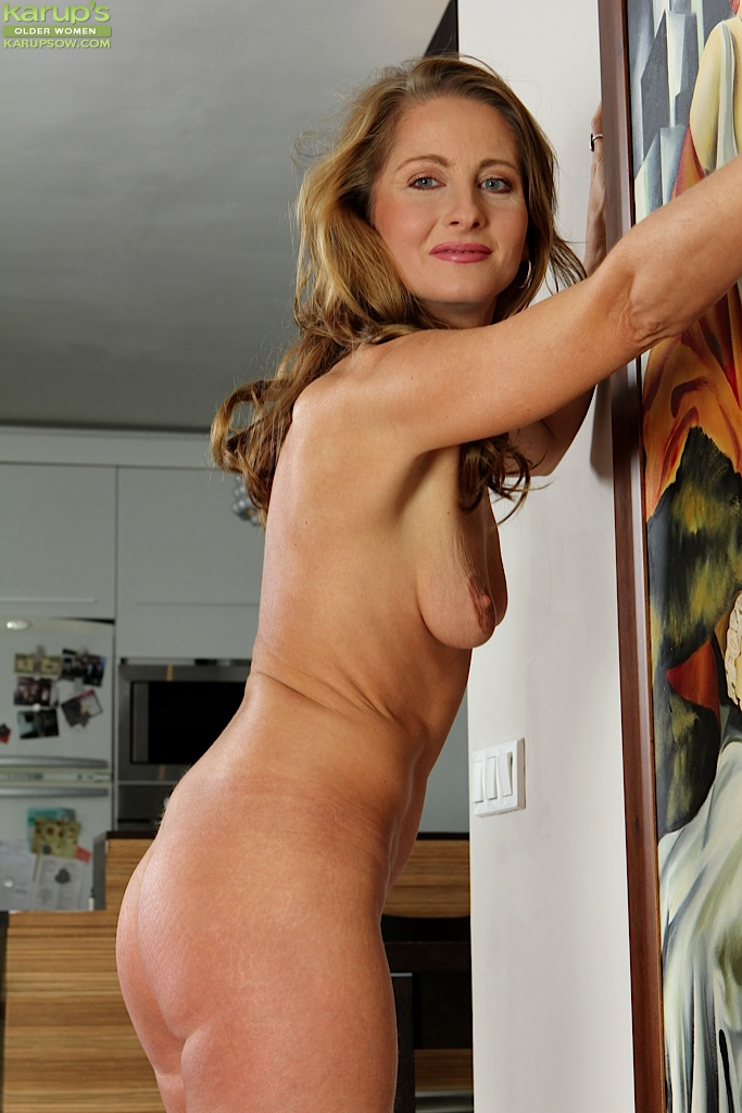 Mature women strip