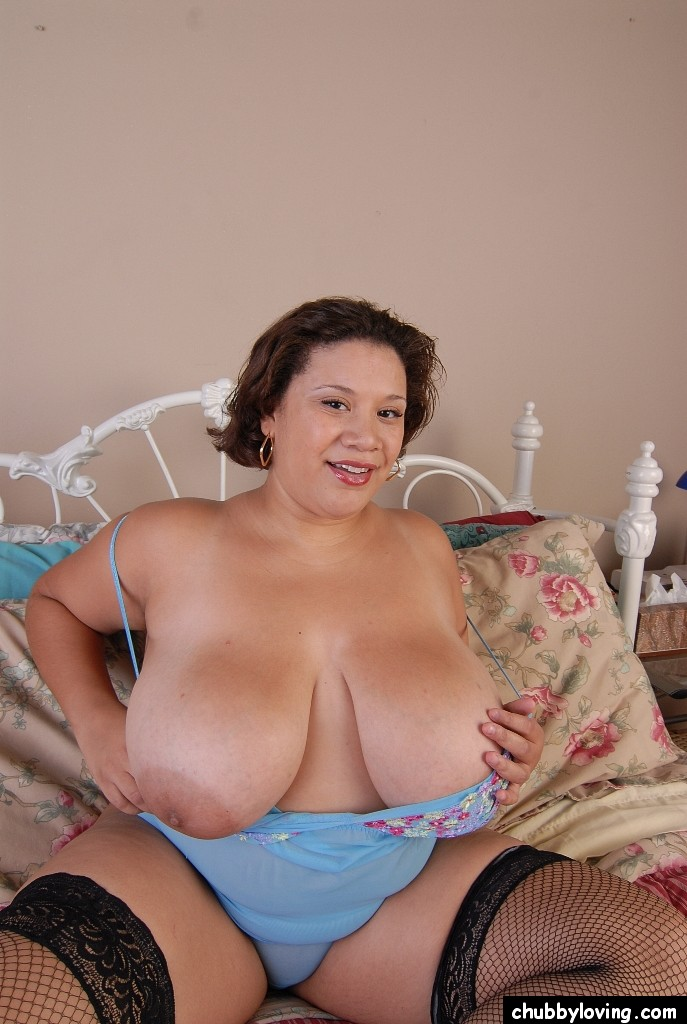 image Busty chubby mature plays with toys