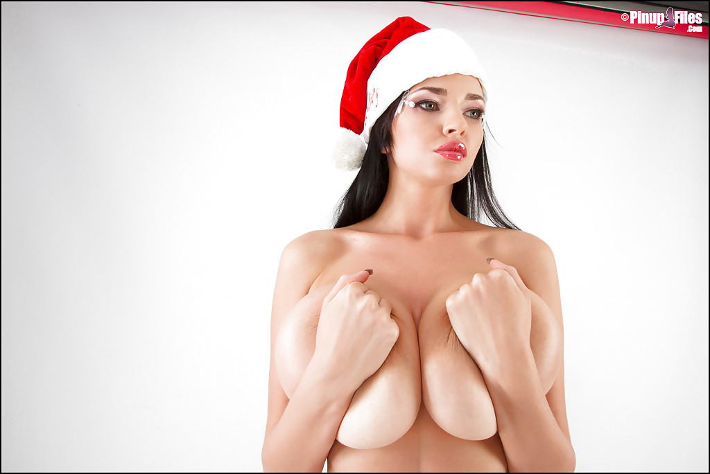 Chesty boob model Sha Rizel goes topless this holiday season