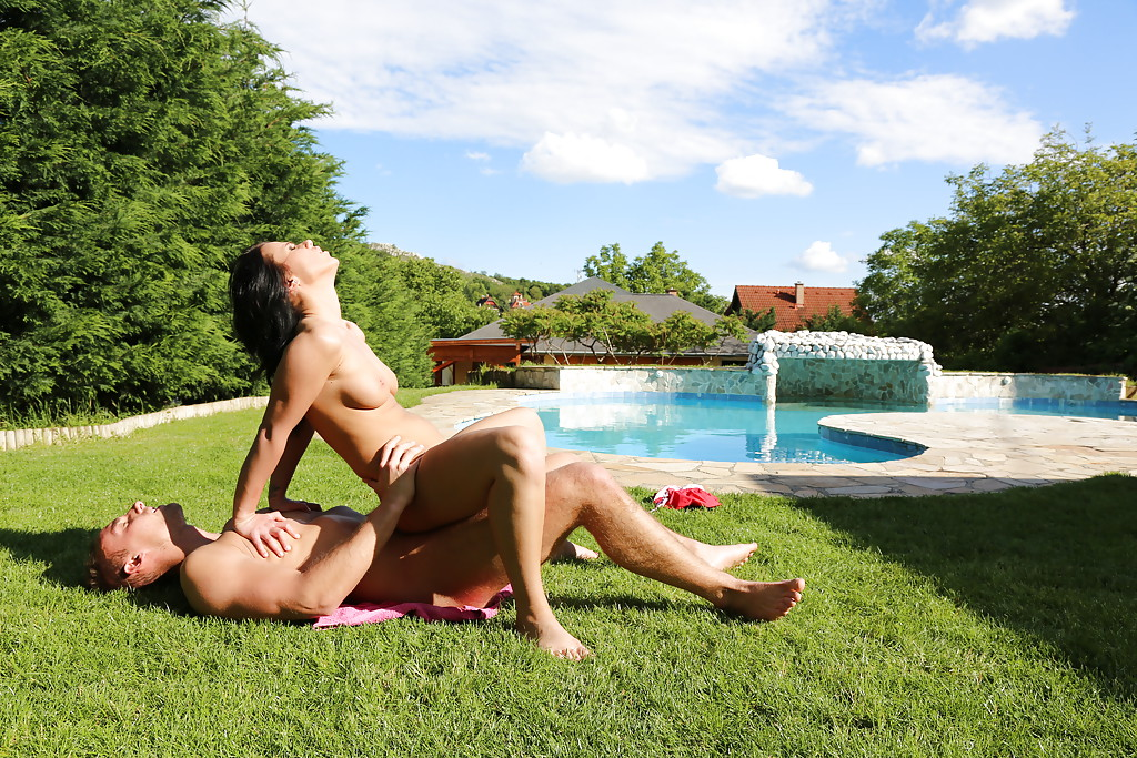 Horny Euro pornstar Denise Sky takes ass fucking in the outdoors