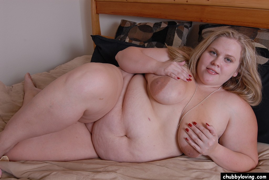 fat nude women sucking