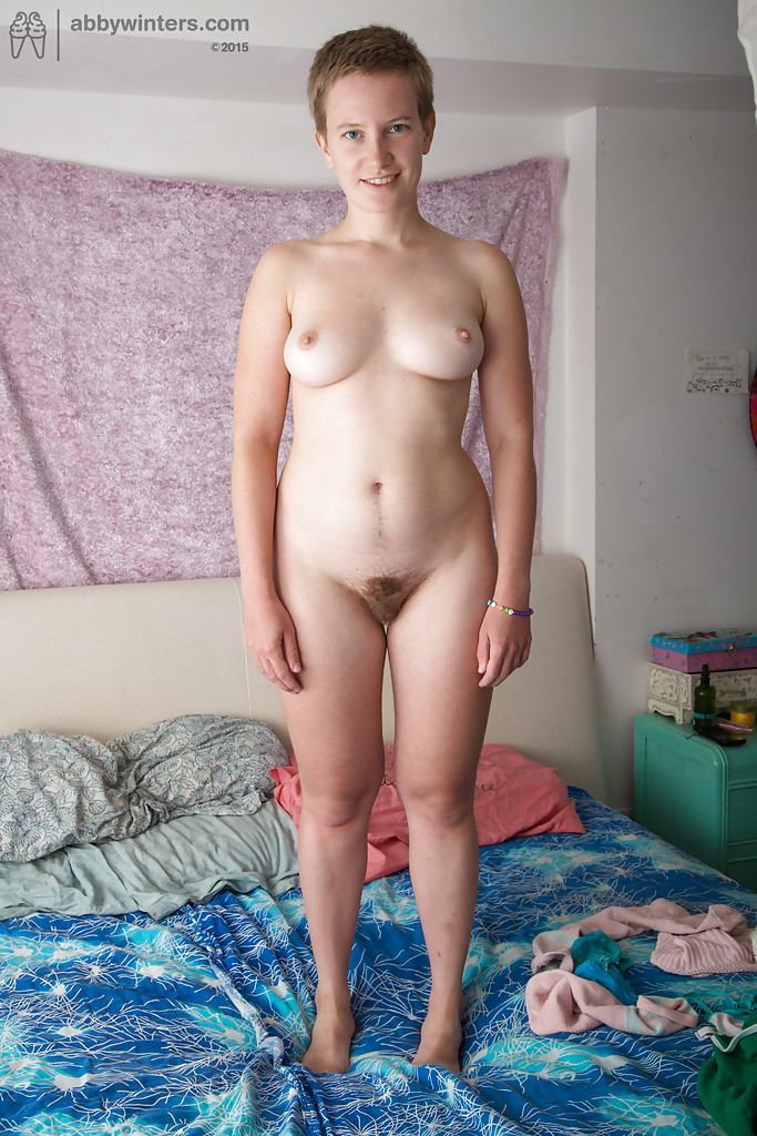 amateur short hair blonde nude