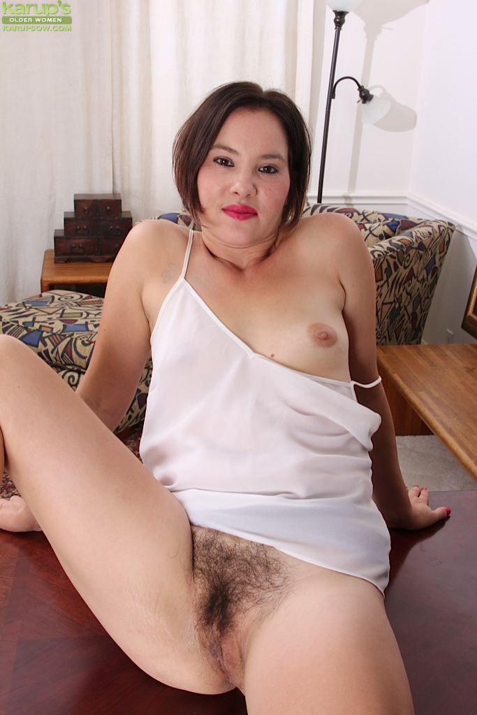 Mature Asian Babe 68