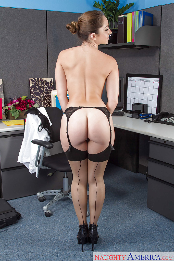 naked working in office