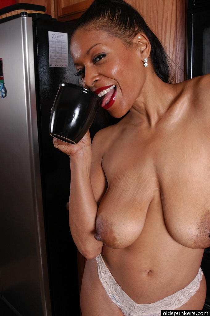 black saggy boobs nude
