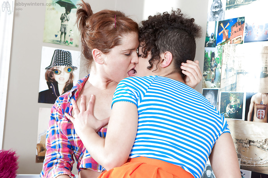 ... Naughty lesbian girls LeeLee and Lynley sucking tongue and clits ...