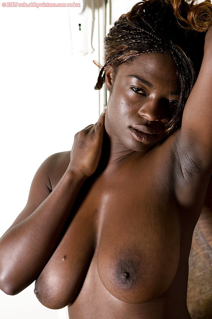 Amateur Dark Ebony Tits