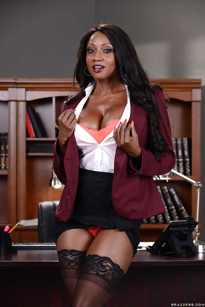 Diamond ebony pornstar