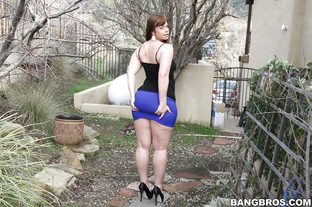 not that section..... lady barbara handjob very pity me