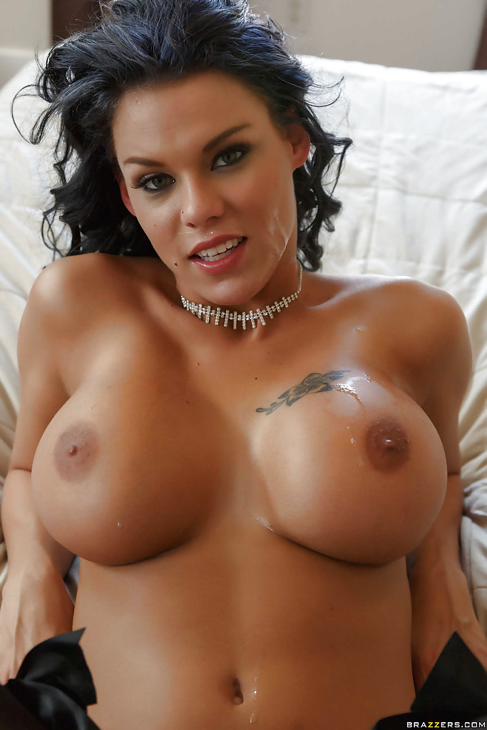 Busty latina cum shot
