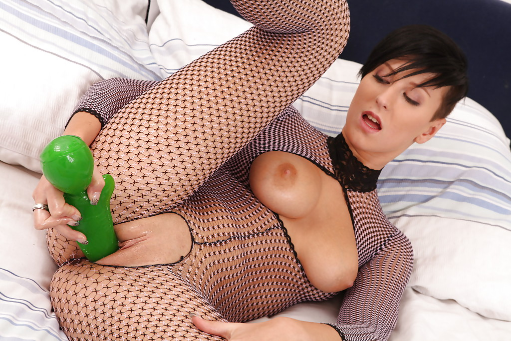 Sexy pussy in bodystocking