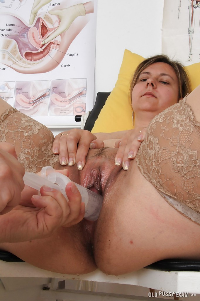 older-woman-pussy-tube